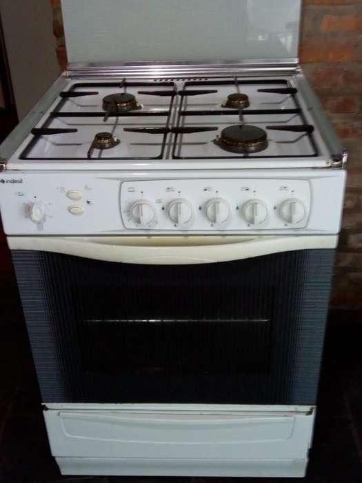 Cocina Buen Estado,usada con Grill