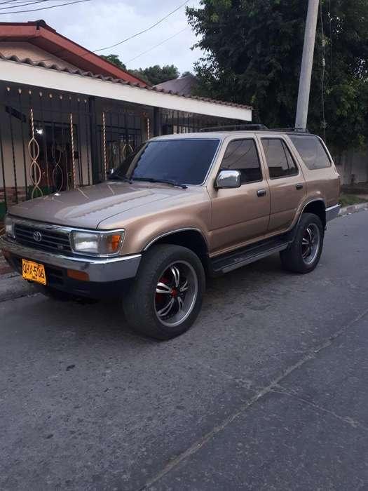Toyota 4Runner 1996 - 150000 km