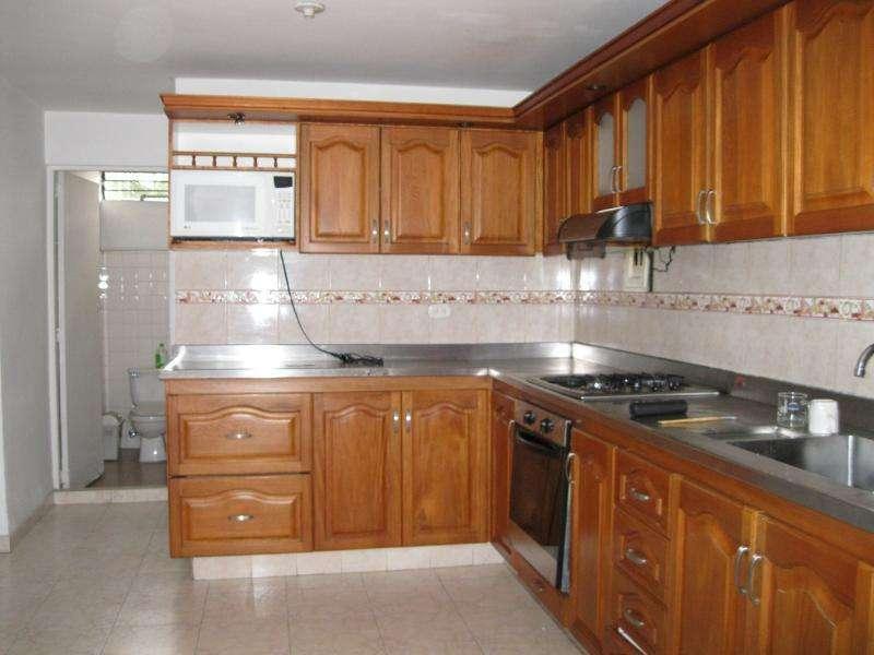 Casa En Venta En Medellin Laureles Cod. VBMER201329