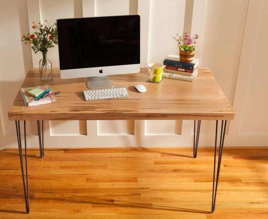 Mesita / <strong>escritorio</strong> Estilo industrial Pino y Hierro