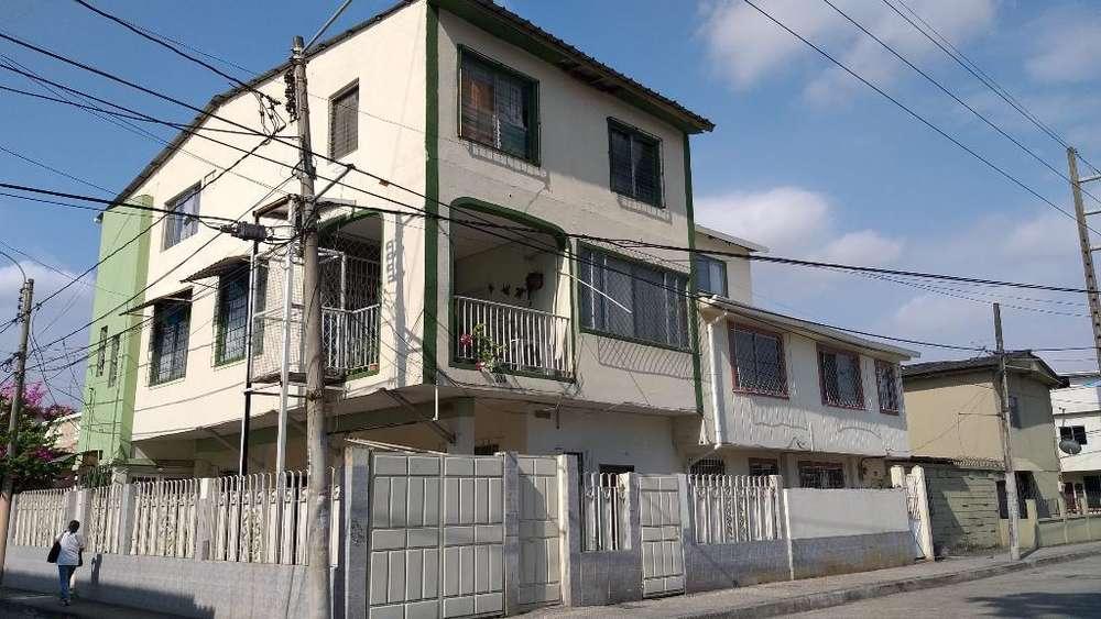 Vendo Casa Rentera Urdesa Norte