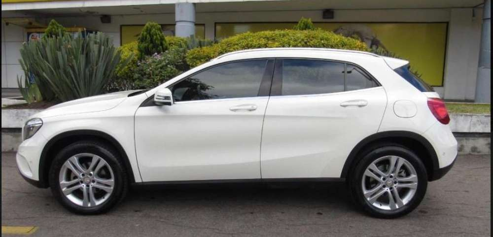 <strong>mercedes-benz</strong> Clase GLA 2015 - 26600 km