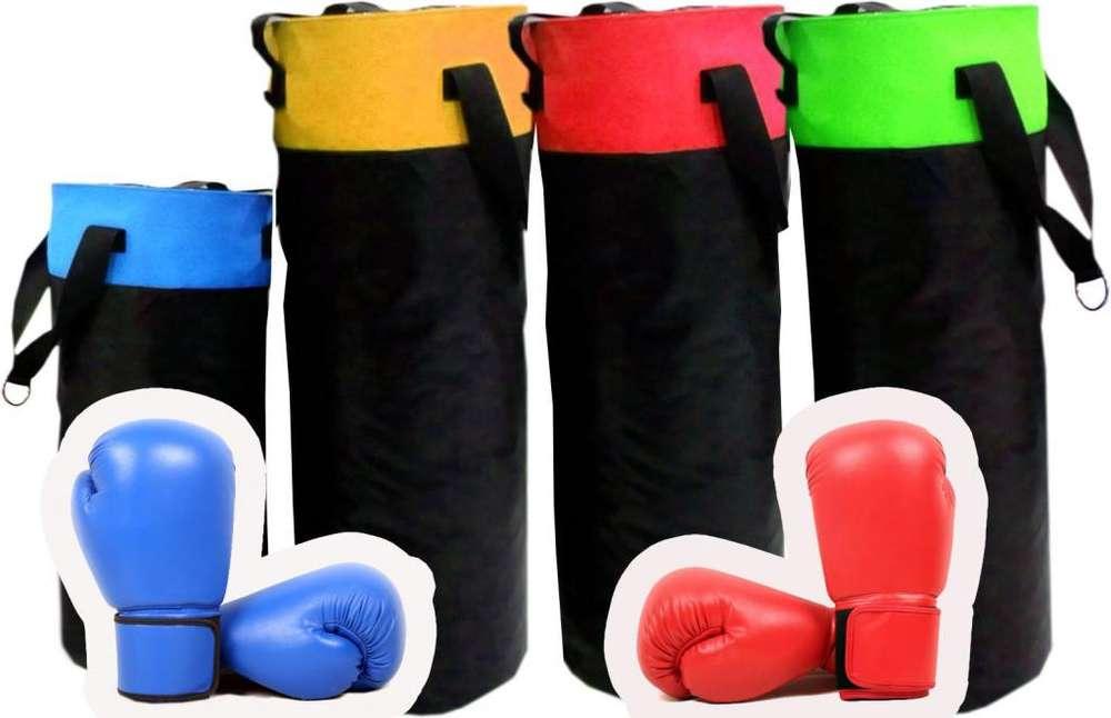 Sacos de Boxeo tulas, con guantes. Ideal para gimnasios