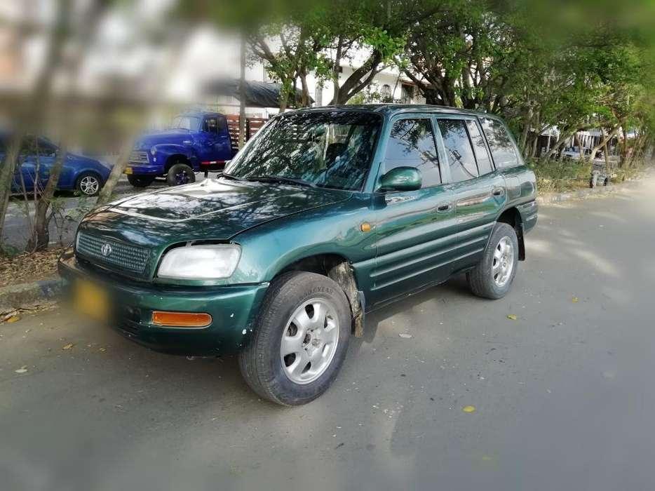 Toyota RAV4 1998 - 215000 km