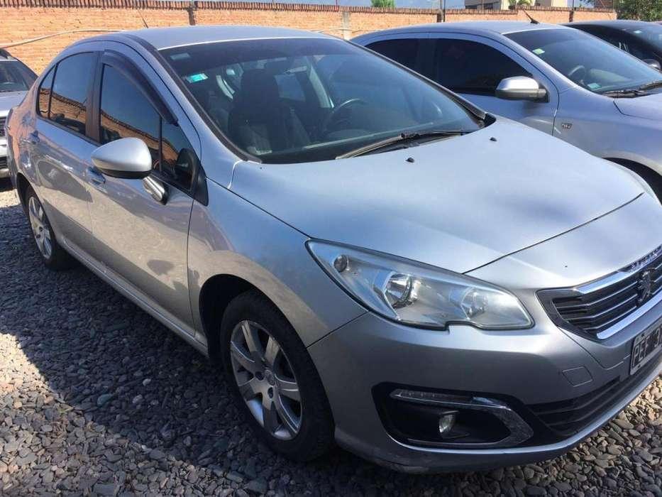 Peugeot 408 2015 - 85000 km