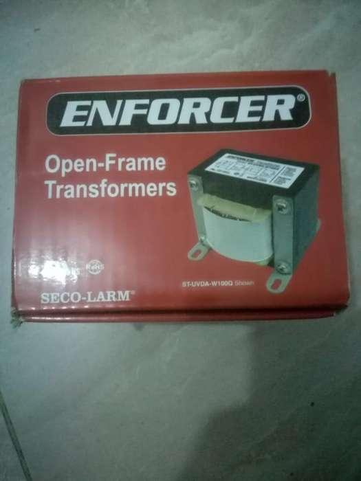 Transformador Enforcer Modelo St-uvda-w1
