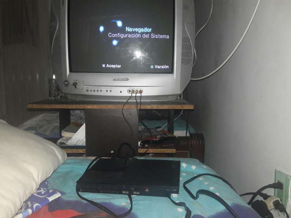 Vendo Play Station 2 sin Controles