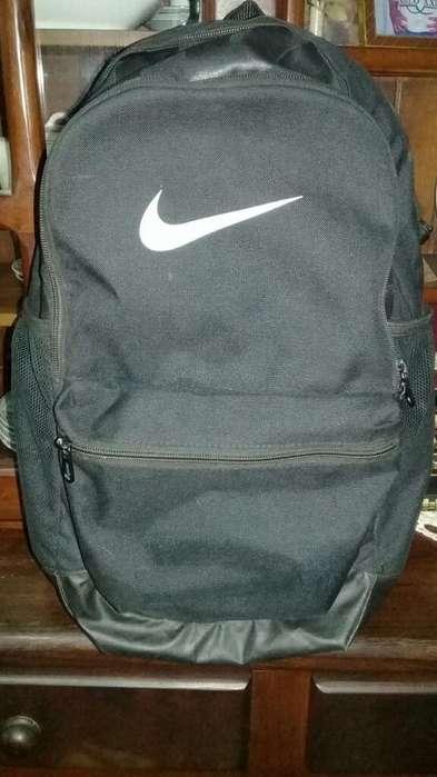 Mochila Nike Original Impecable