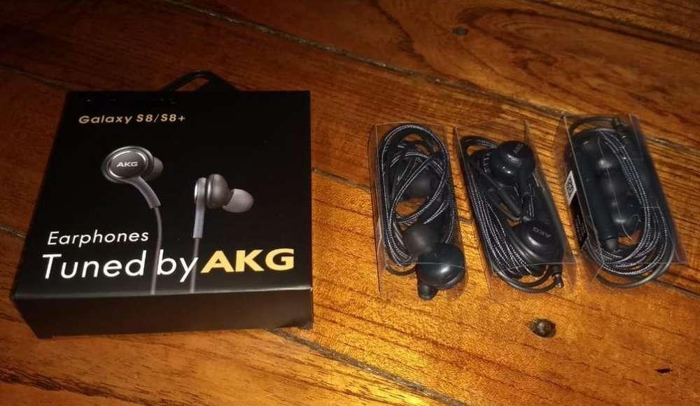 Auriculares Akg Manos Libres