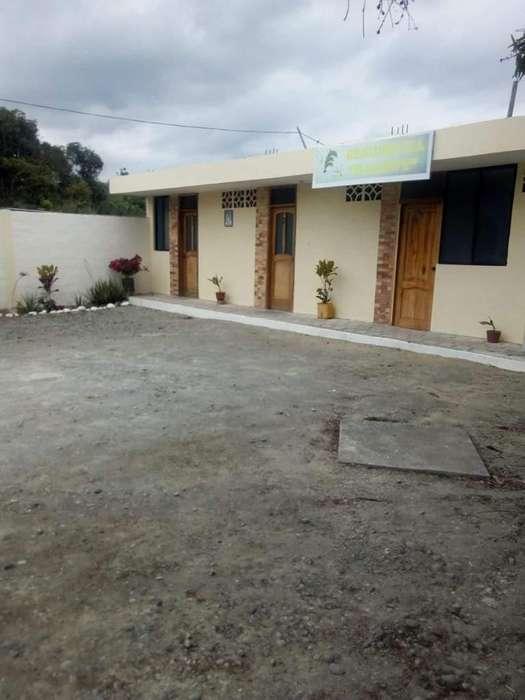 Arriendo Mini Hotel con opción a venta Tonsupa Atacames