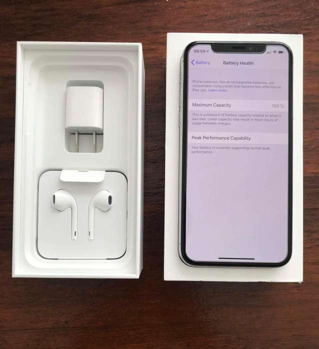 iPhone Xs 64 , Inmaculado igual a nuevo 2 Fundas y caja.