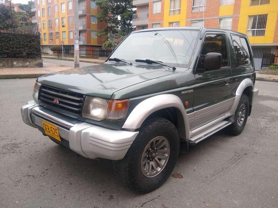 Mitsubishi Montero 1995 - 120000 km
