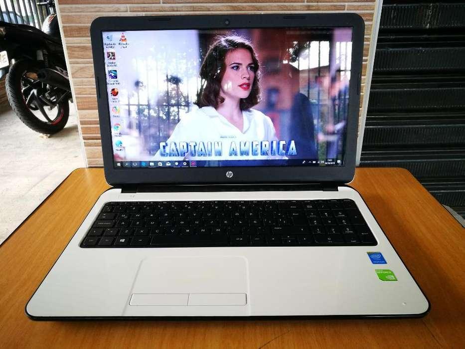 Portatil grande HP blanco PENTIUM Quad Core con tarjeta NVIDIA GeForce
