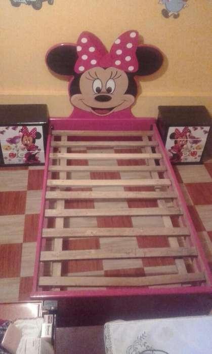 Vendo Cama de Niña Minnie