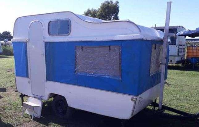 Delta trailer travesia 330 para 4 personas tipo casa rodante