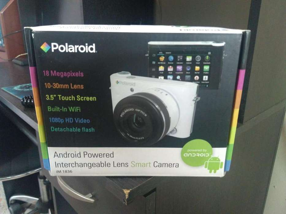 Cámara Polaroid iM1836 Wht Wm 18.1 <strong>digital</strong> 3.5 Lcd White