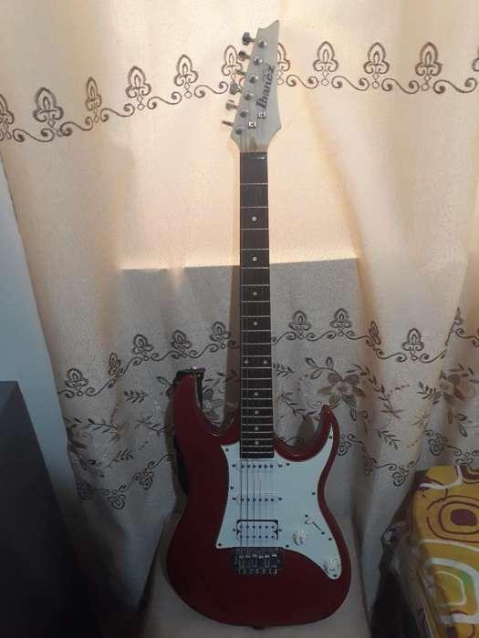Guitarra Eléctrica Gio Ibanez