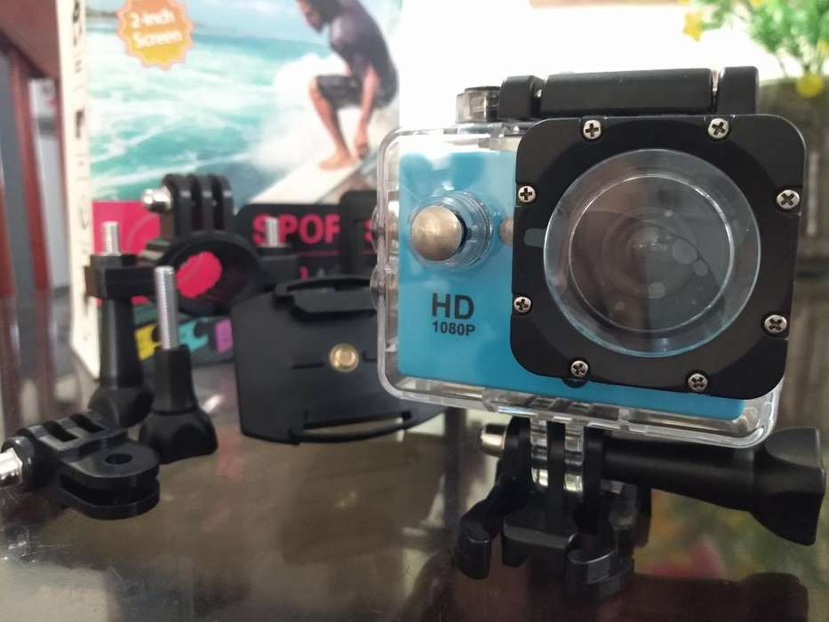 1080p Sports Cam Waterproof 30m Quest