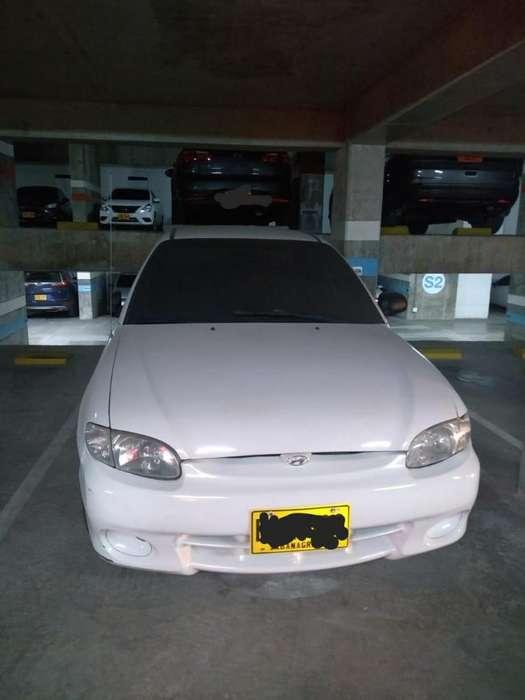 Hyundai Accent 1998 - 1000 km