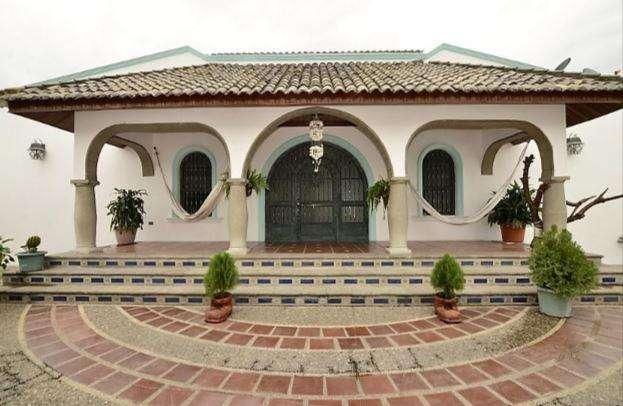 Casa en Venta en Cdla. Santa Cecilia, Via la Costa