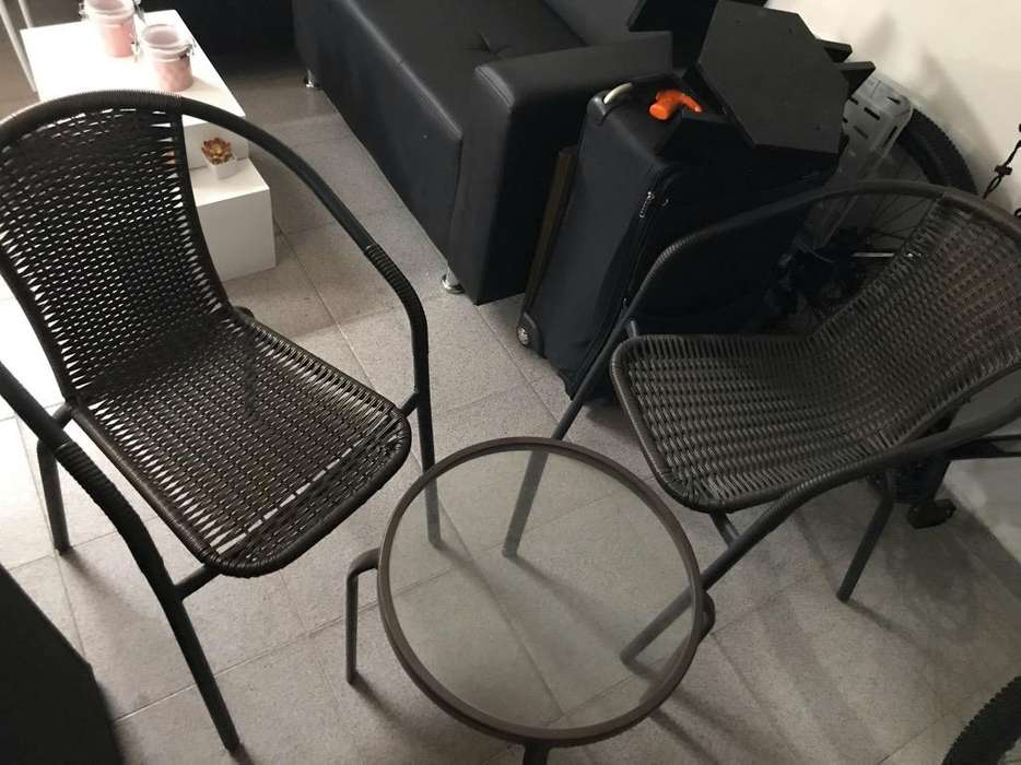 Mesa de Balcon O Terraza con <strong>sillas</strong>
