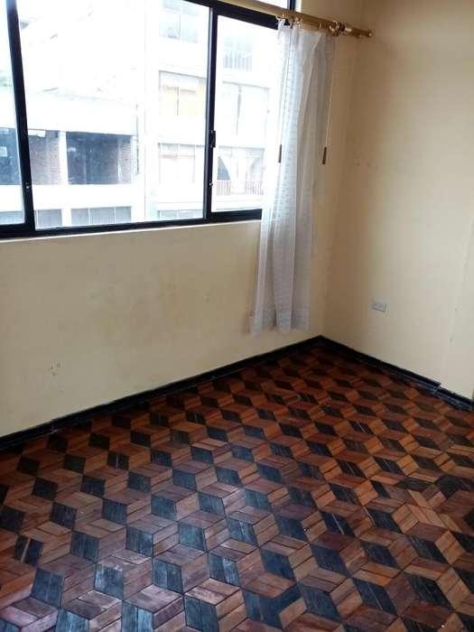 Arriendo cuarto cocina baño independiente