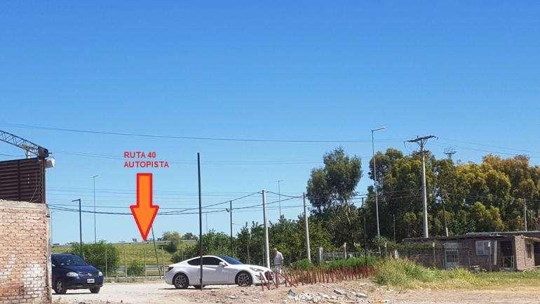 Terreno de 60.000 m² en inmejorable ubicación en San Juan. A metros de Autopista y acceso a 2 calles.