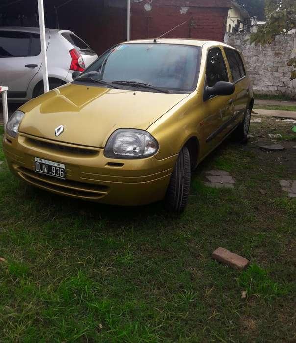 Renault Clio  2000 - 206744 km