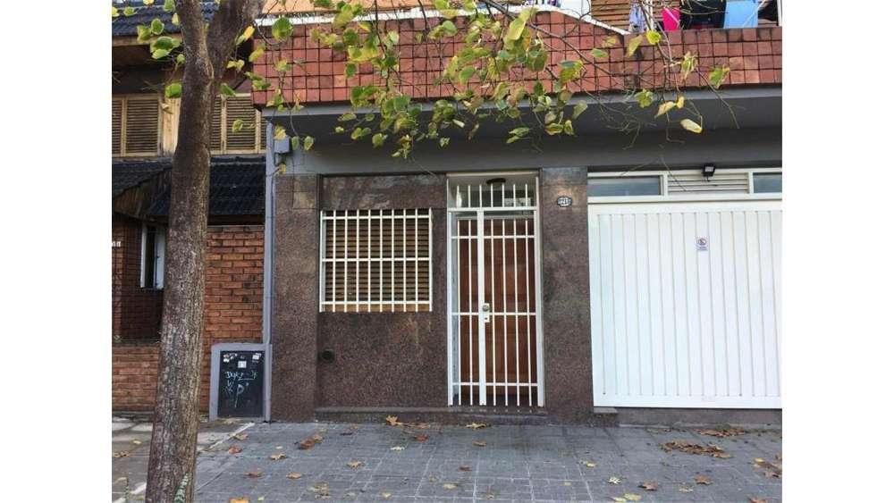 Bolivia 2218 - UD 135.000 - Tipo casa PH en Venta