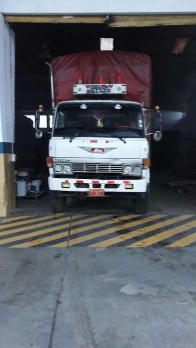 Vendo Camion Hino Fd