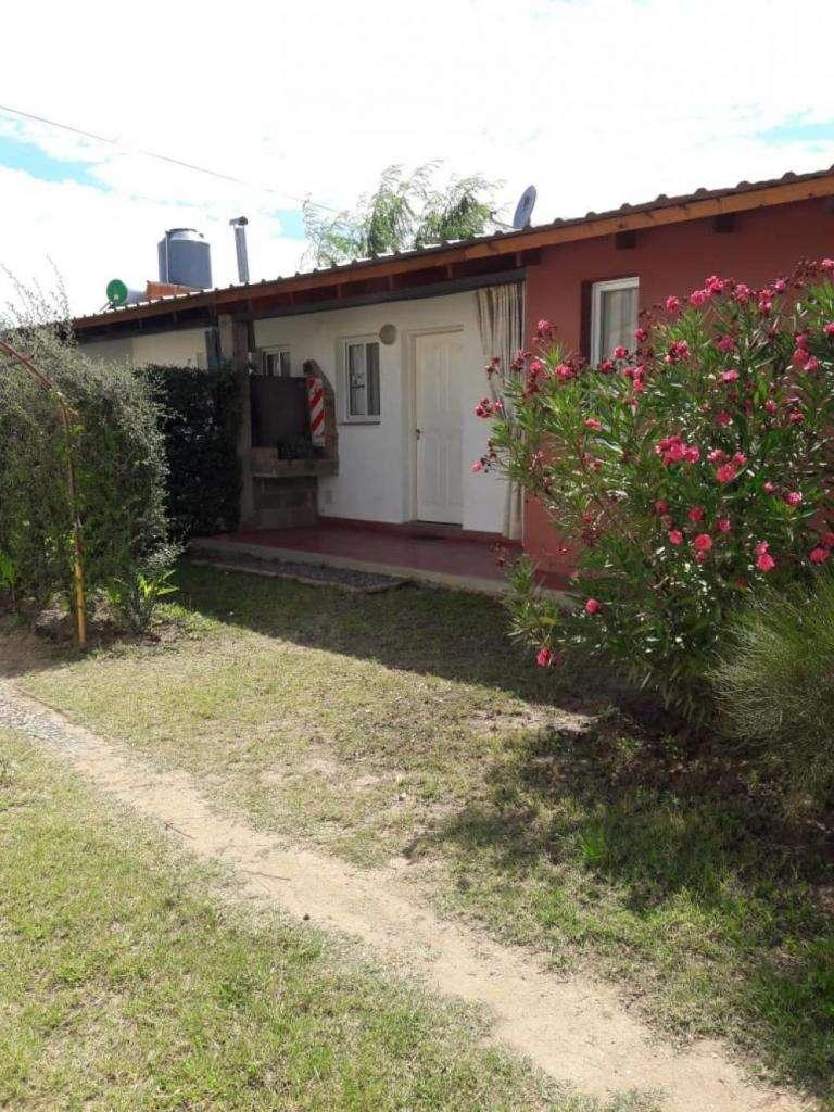 fr38 - Departamento para 2 a 5 personas con pileta y cochera en Capilla Del Monte
