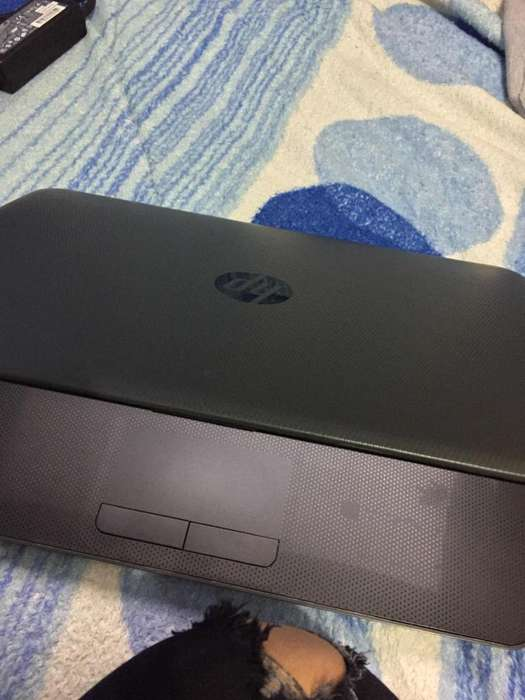 Vendo Hp Basica Pero de 4 de Ram 500 Gb