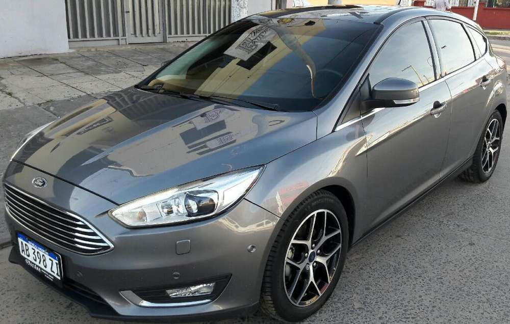 Ford Focus 2017 - 60000 km