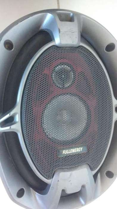 Vendo <strong>parlantes</strong> 6x9 full energy