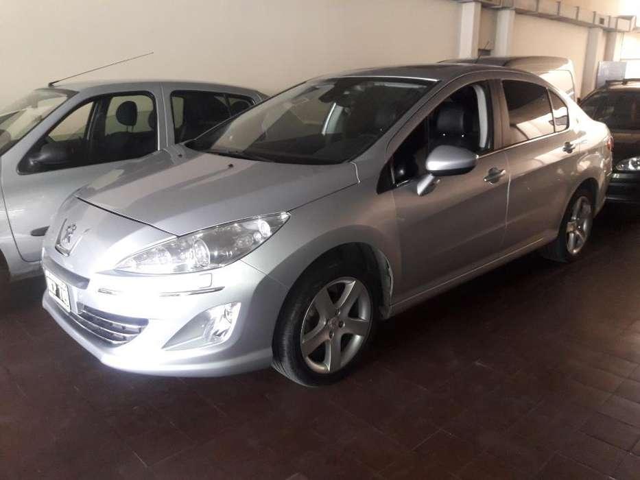 Peugeot 408 2013 - 70000 km