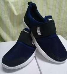 Nike.con Abrojos.encargue con Seña.