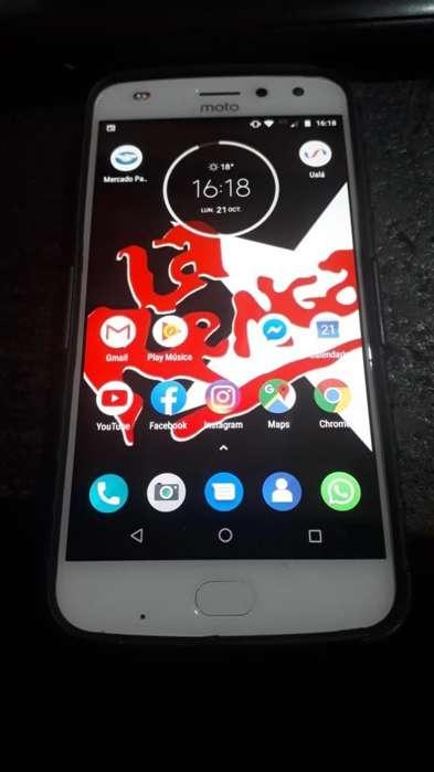 Vendo Motorola Z2play