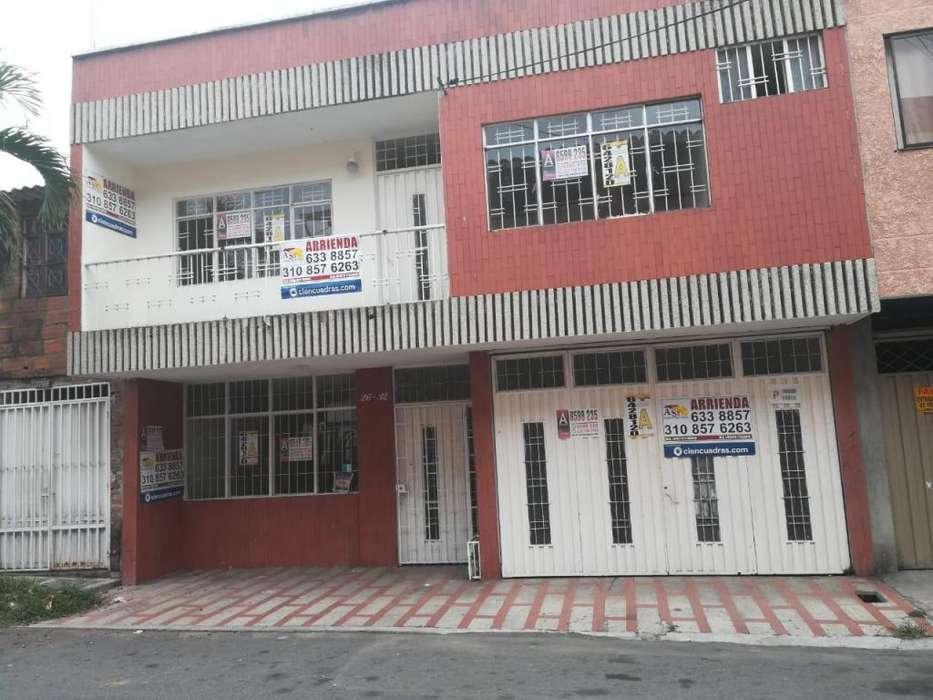 Se Arrienda Casa Comercial Amplia en Giron