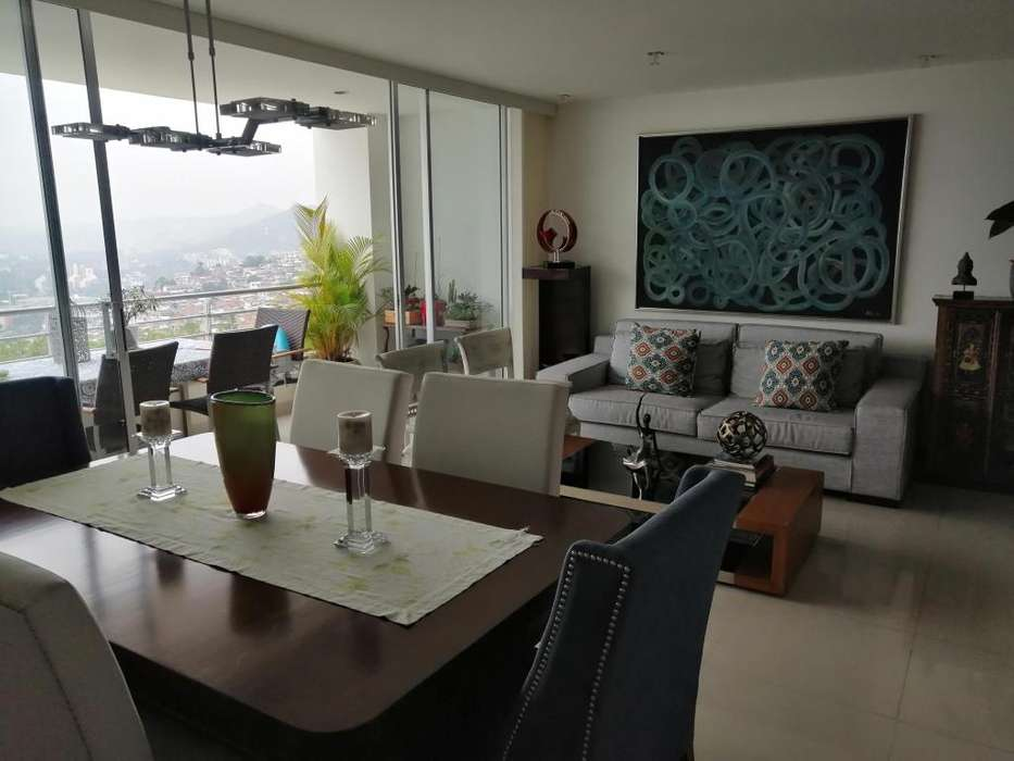 Vendo Apartamento Barrio Cristales, excelente vista