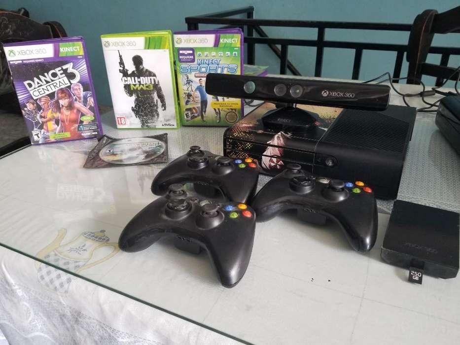 Vendo Xbox 360 Super Slim E con Kinect