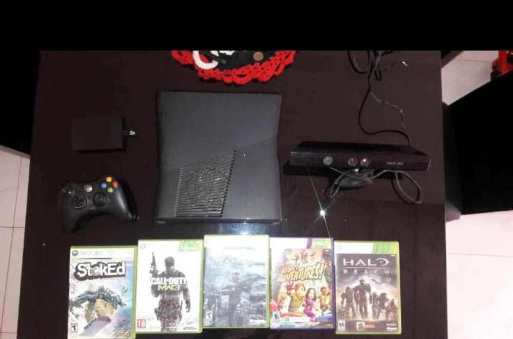 Xbox 360 - Slim