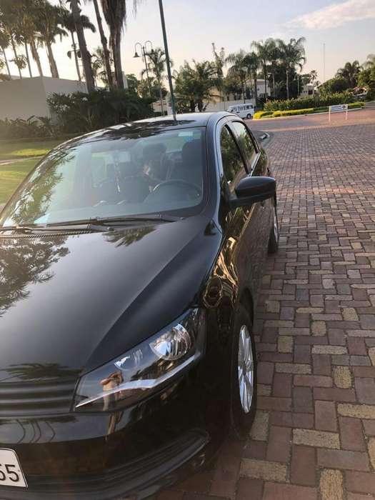 Volkswagen Voyage 2014 - 79000 km
