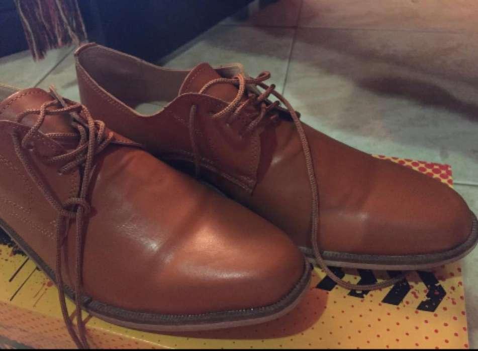Zapato de Semicuero