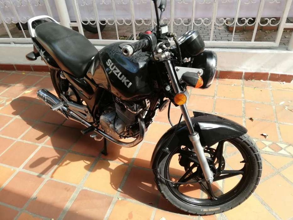 Suzuki en 2013 con Soat hasta Junio 2020