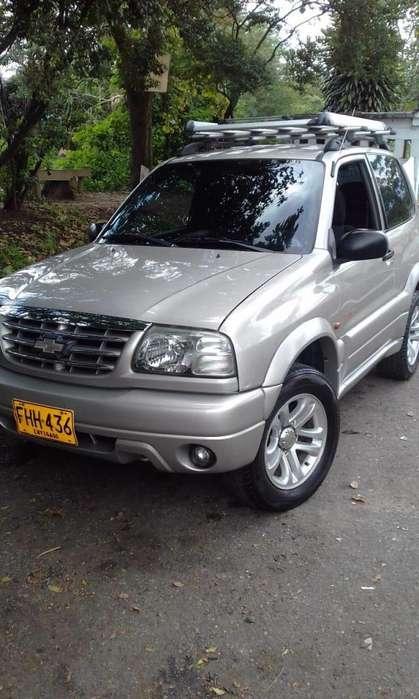 Chevrolet Grand Vitara 2009 - 132000 km