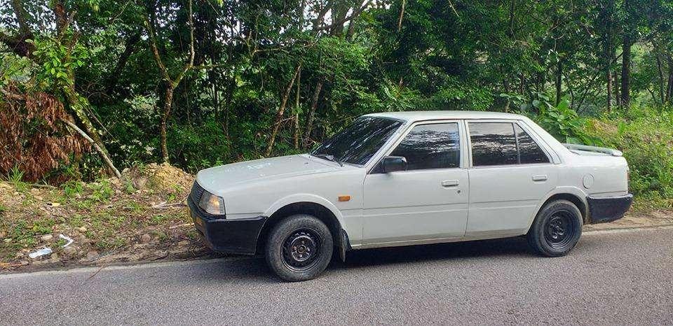 Mazda 626 1985 - 449000 km