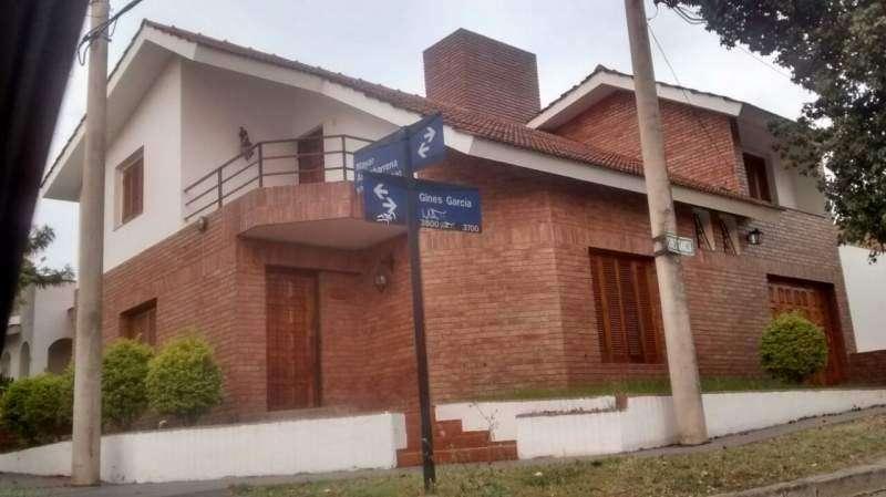 Alquiler CASA en Barrio Urca