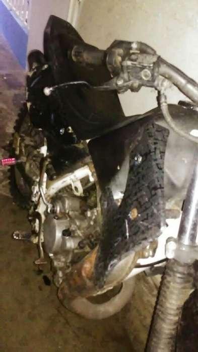 Moto <strong>kawasaki</strong> Kmx 125