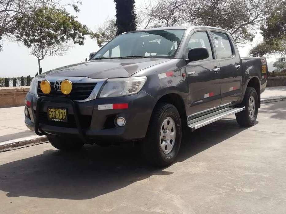 Toyota Hilux 2013 - 68000 km
