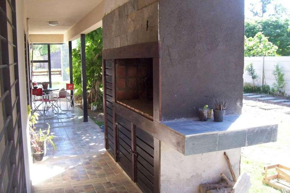 pf70 - Apart para 4 a 6 personas con pileta y cochera en Miramar